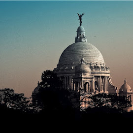 Queen of Kolkata by Suvankar Roy - Buildings & Architecture Public & Historical ( buildings, architecture, historical building )