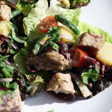 Seared Rare Niçoise Tuna Lettuce Cups