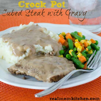 Crock Pot Cubed Steak and Gravy