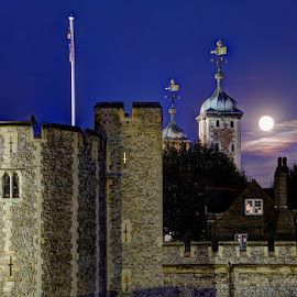 Supermoon Over The Tower of London by Bill Green - Buildings & Architecture Public & Historical ( tower of london, the thames, full moon, supermoon )