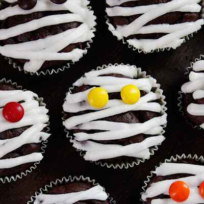 Low Fat Chocolate Mummy Cupcakes