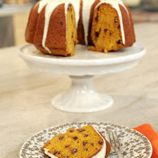Pumpkin-Spice Cake with Chocolate Chips