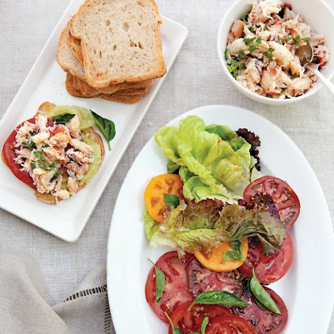 Build-Your-Own Crab Salad Sandwiches
