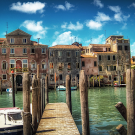 by Andrea Conti - City,  Street & Park  Historic Districts