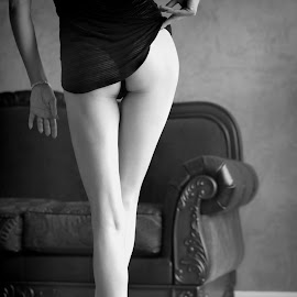 Boudoir Photography by Violeta Brown - Nudes & Boudoir Boudoir ( boudoir photography, boudoir photography legs, the woodlands boudoir photography, boudoir, b&w boudoir photography )