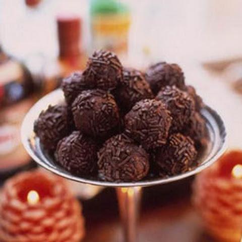 on food52 fudgy bourbon balls rezept yummly fudgy bourbon balls