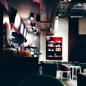 Great Ambience at Cafe Coffee Day by Rohan Pavgi - Instagram & Mobile Android ( Interiors, Architecture, Cafe, Coffee, CCD, Bavdhan, Pune, Maharashtra, India, Latte, Nightout, vscofeature, Vsco_hub, vscocam, Vsco, Instagood, Instalike, instagallery )