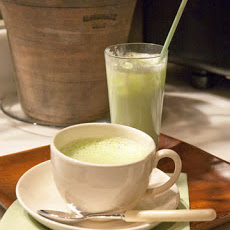 Hot or Iced Matcha Tea Latte