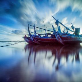 .:: blue crush ::. by Setyawan B. Prasodjo - Transportation Boats ( blue sky, long exposure, boat )