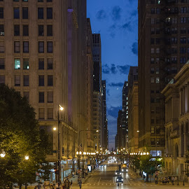 nighttime chicago by Scott Galle - Buildings & Architecture Office Buildings & Hotels
