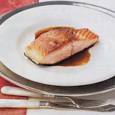 Seared Salmon with Balsamic Glaze