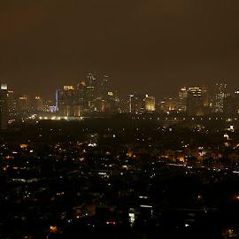 HOTEL MULIA by Dani Sumawijaya - City,  Street & Park  Night ( night photography, night, jakarta, landscape, city )