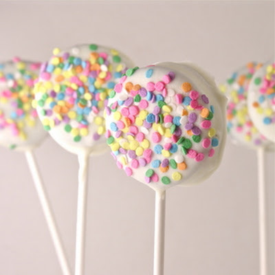 Oreo Lollipops