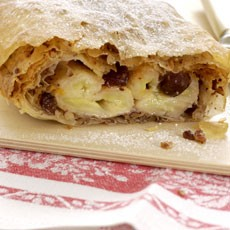 Caribbean Banana and Raisin Strudel