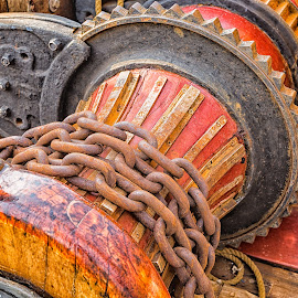 by Robert Peterson - Artistic Objects Industrial Objects ( chain, sailing, ship )