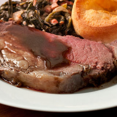 Horseradish-Herb Rib Roast with Mushroom–Red Wine Sauce