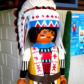 Playmobil Red Indian Chief by Alan Chew - Artistic Objects Toys