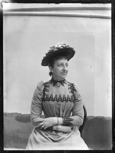 Léonie La Fontaine