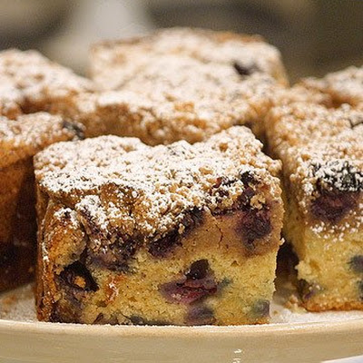 Classic Blueberry Crumb Cake