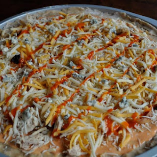 Easy Buffalo Chicken Pizza