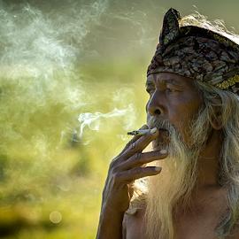 Old Fisherman by Yudik Pradnyana - People Portraits of Men ( potraits )