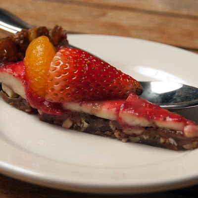 Date-Nut Fruit Pie