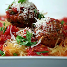 Turkey Meatballs with Spaghetti Squash in Tomato Sauce