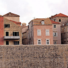 Behind the Walls by Gianni Frasca - Buildings & Architecture Other Exteriors ( walls, houses, croatia, historic, city )