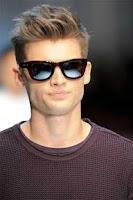 Screenshot of Men's Hairstyle Tutorial