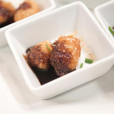 Pecan Sandies® Encrusted Scallops with Balsamic Honey Agave Glaze