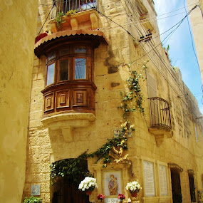 OLD TOWN  by Wojtylak Maria - City,  Street & Park  Historic Districts ( building, malta, street, old town, architecture,  )