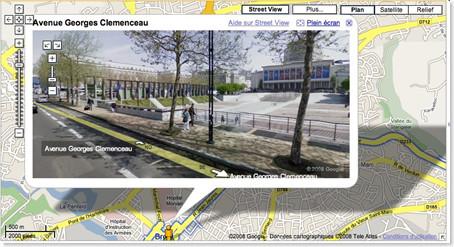 Google Maps手機服務項目中, 推出街景地圖 (Street View) 和走路路線 (Walking Directions)
