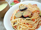 【自炊】ナスとベーコンのトマトソースパスタ