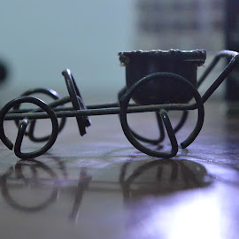 by Suryanto Agus - Artistic Objects Education Objects