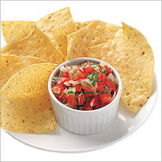 Homemade Tomato Salsa with Chips