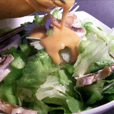 Lettuce Salad With Special French Dressing