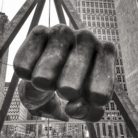 Joe Louis Fist by Bhumsoo Kim - Buildings & Architecture Statues & Monuments