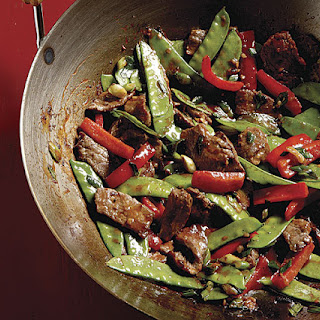 Stir-Fried Chili Beef with Bell Peppers and Snow Peas