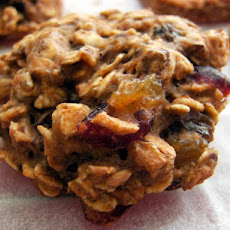 Vegan Oatmeal Raisin Cookies (Healthy Version)