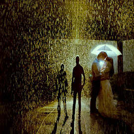Golden Shower by Franz Francisco - People Couples