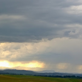 Storm in Drakensberg by Jan Lens - Landscapes Cloud Formations ( clouds, mountain, sun, rain )