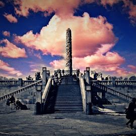 Vigeland monolith landscape by Miroslav Nikolic - Instagram & Mobile Android