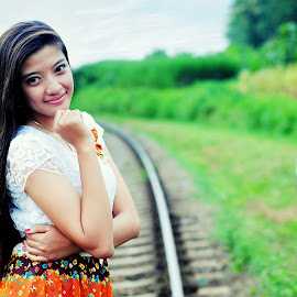 rail girls by Djinggoe Mandiri - People Fashion