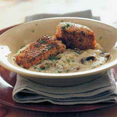 Broiled Salmon Over Parmesan Grits