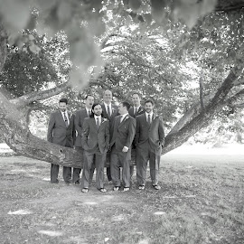 guys by Michael Otero - Wedding Groups ( nikondf, married, tie, sigma, wedding, suit, group, nikon, groom, suitandtie, groupshots )