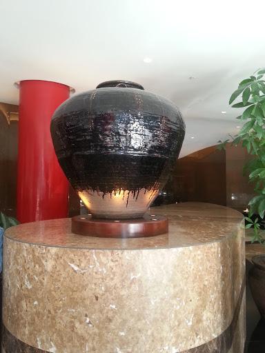 The Vase Statue