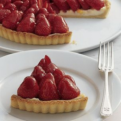 Strawberry Tart with Orange Cream