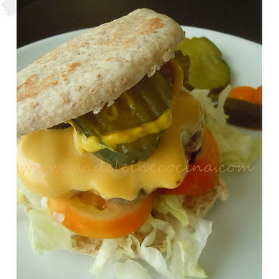 Hamburgers in Pita Bread