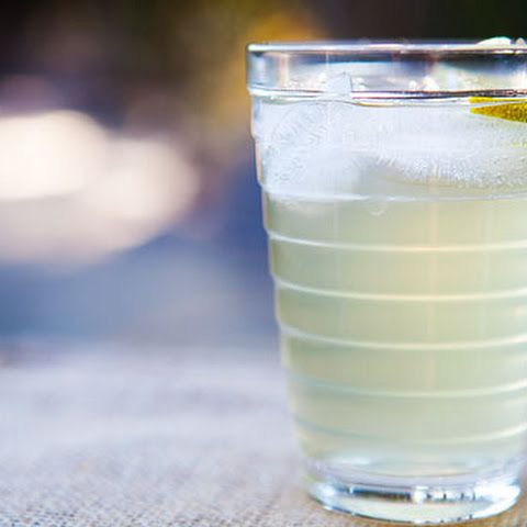 how to make ginger ale with club soda