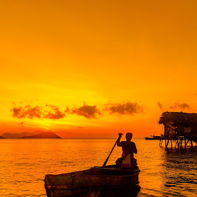 Sunrise at Maiga Island Sabah, Malaysia. by Zahir Mohd - Landscapes Sunsets & Sunrises